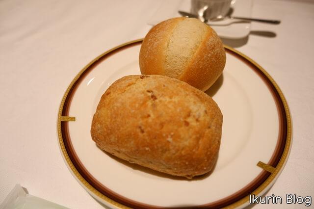 ホテルモントレ銀座・フランス料理「エスカーレ」『パン』イクリンブログ