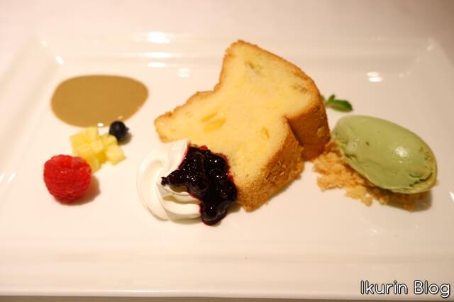 ホテルモントレ銀座・フランス料理「エスカーレ」『シフォンケーキとピスタチオのアイスクリーム』イクリンブログ